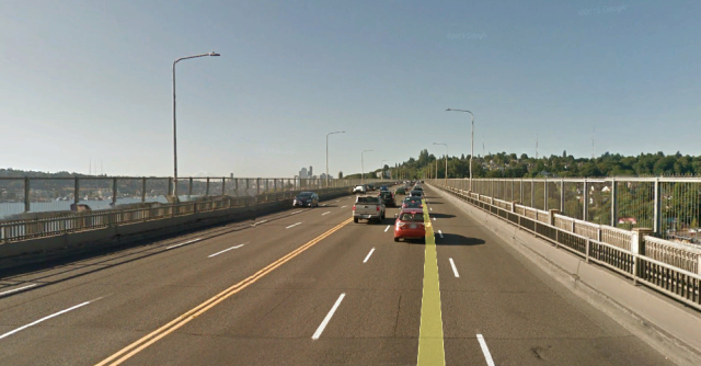 A view of the bridge's roadway and sidewalks. (Google Earth)