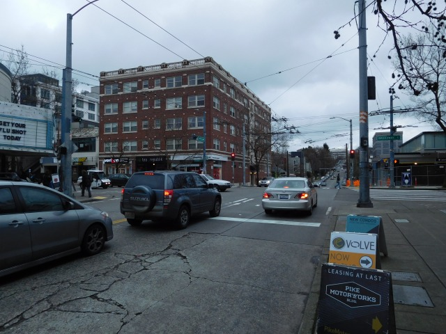 The intersection of Broadway and Olive Way. The Capitol Hill light rail station is at right. (Photo by the author)