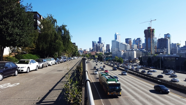 Melrose Avenue, looking south towards Downtown Seattle. (Photo by the author)